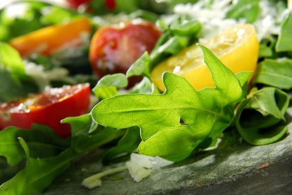 Condiments , saladieres, houmous, tartare végétale, gaspacho …..